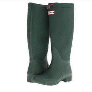 Green canvas Hunter boots